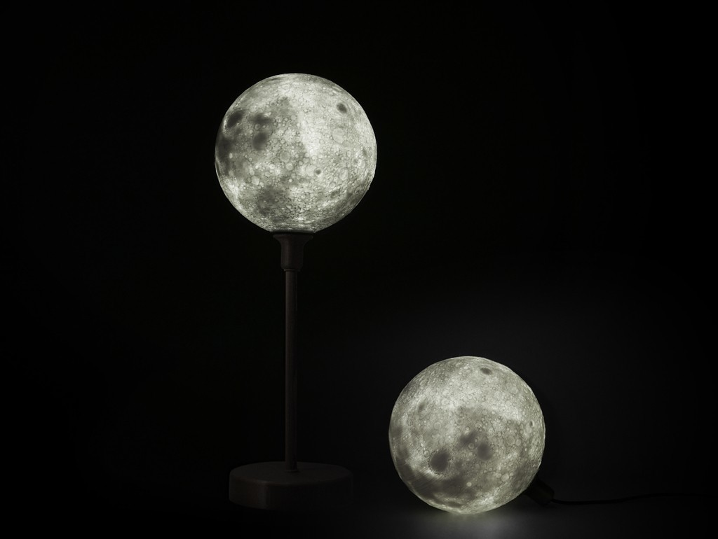 f745176360be163e609f94e04c76f950_display_large.jpg Download free STL file Moon lamp with base • 3D printer design, Toolmoon