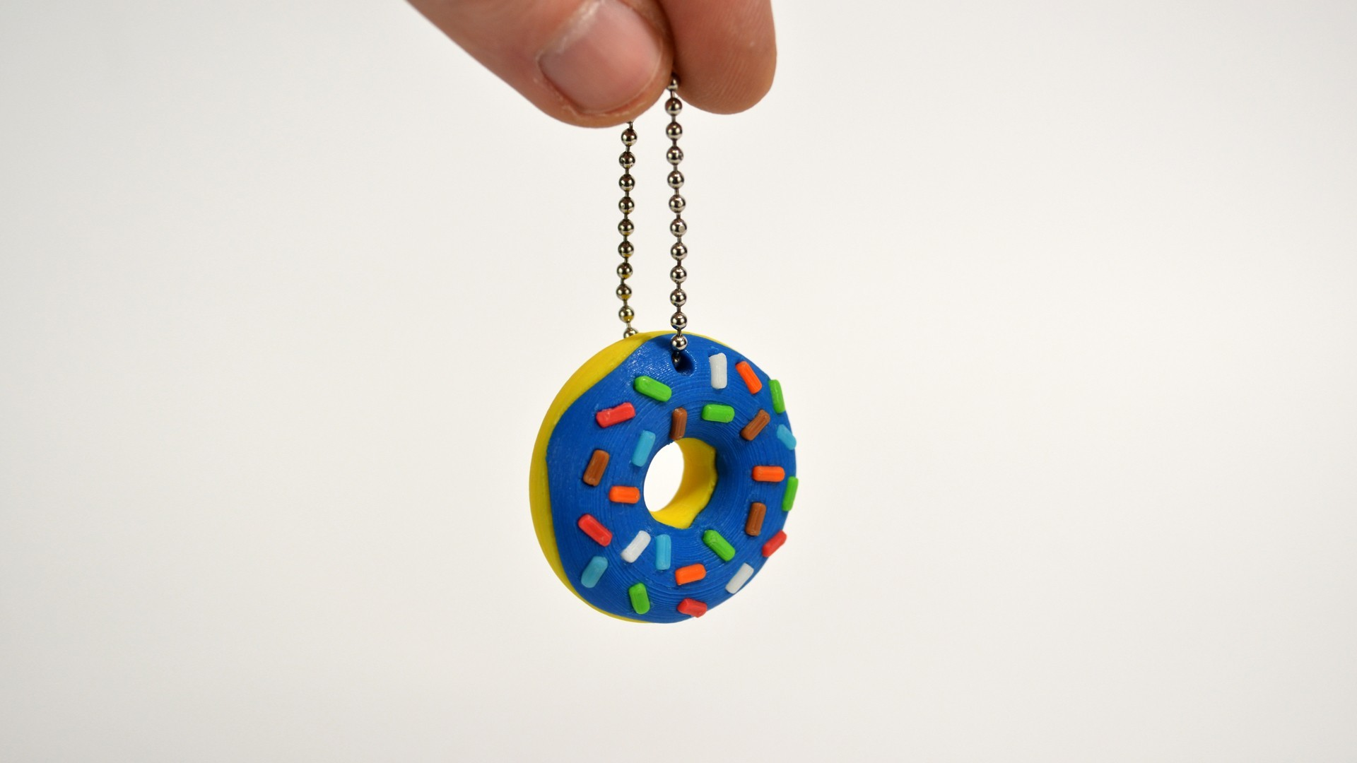 donuts_01_.jpg Download free STL file Donut Keychain • 3D printer design, 2be3d