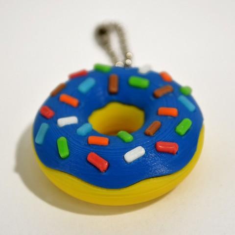 donuts_02_.jpg Télécharger fichier STL gratuit Porte-clé Donut • Objet pour impression 3D, 2be3d