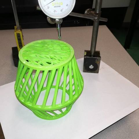 26231248_1777066759263890_2309156085037895292_n.jpg Download free STL file Lampshade / or / vase • Design to 3D print, boyery