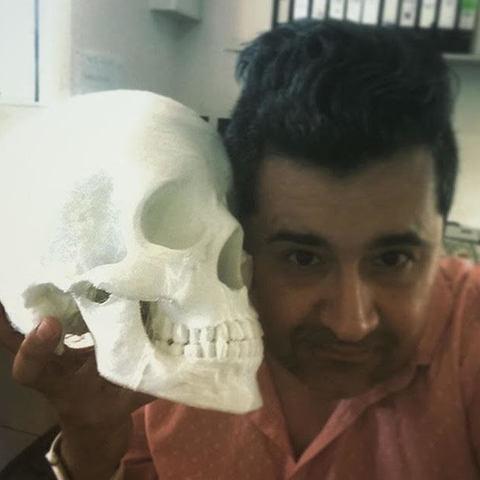 Download free 3D printer files To Make or not to Make, hugo