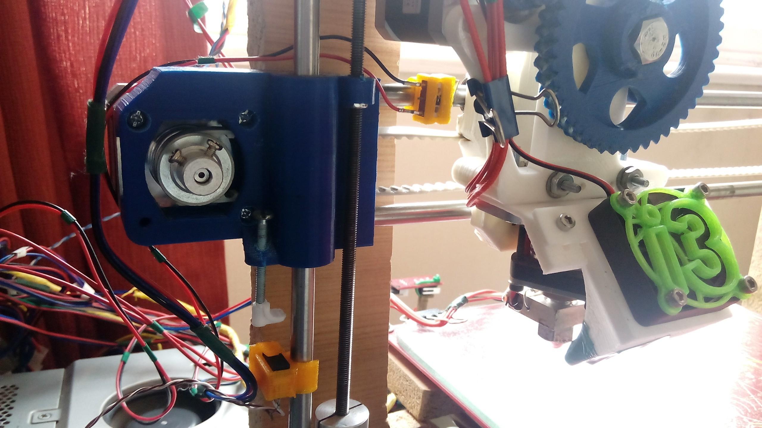 IMG_20150905_095140.jpg Download free STL file EndStop • 3D printer model, tresdealsur