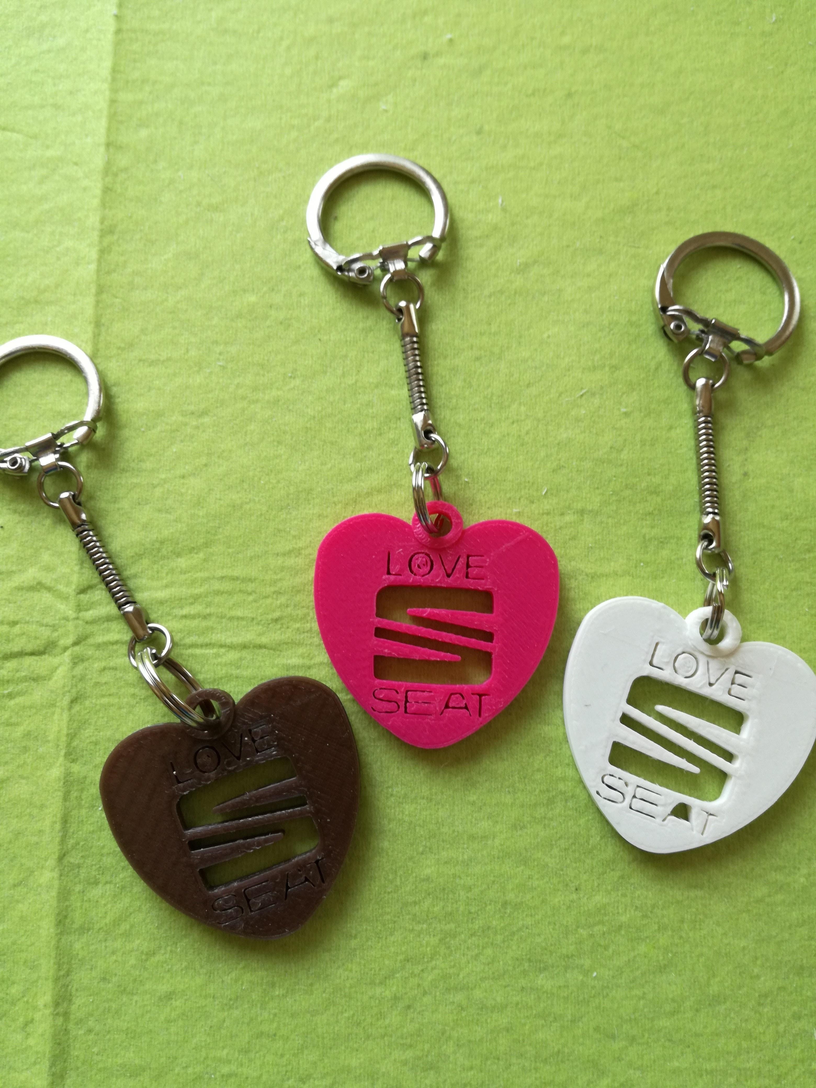 Love-SEAT.jpg Download free STL file SEAT key ring • 3D printer design, Pegazepi