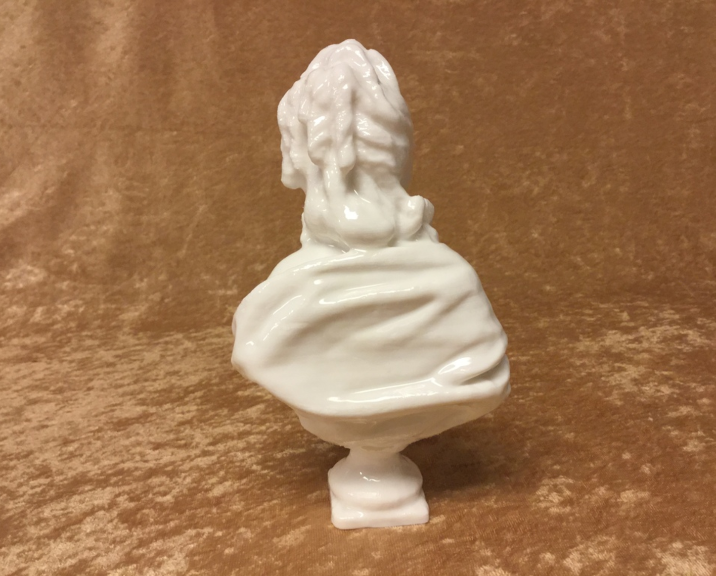Capture d'écran 2017-09-21 à 11.51.33.png Télécharger fichier STL gratuit Buste d'Anne-Marie-Louise Thomas de Domangeville de Sérilly, Comtesse de Pange • Objet pour impression 3D, 3DLirious