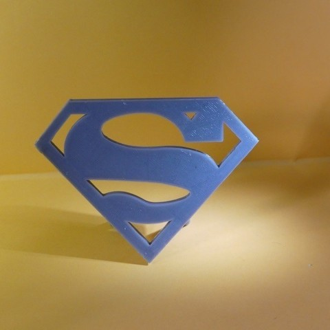 P1010076 800X600.jpg Download STL file Logo Superman a Poser • 3D printable object, Cybric