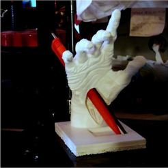 make_main_zombie_1_lt.JPG Download STL file zombie hand • Design to 3D print, 3d-fabric-jean-pierre