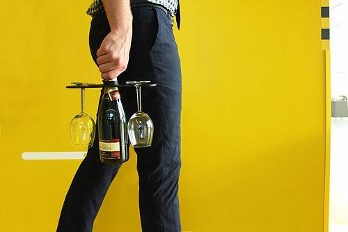 b2ad44_e373ea0d8e5a40e28fe3daf5046e5f72_mv2_d_5184_3456_s_4_2.jpg Download STL file Champagne and wine glass holder • 3D printer design, ffmicka
