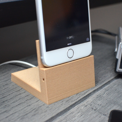 fichier imprimante 3d gratuit support l gant pour iphone 6 plus cults. Black Bedroom Furniture Sets. Home Design Ideas