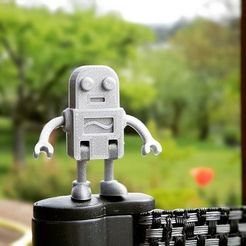 Free Robot Family Simple No Support 3D printer file, TomV