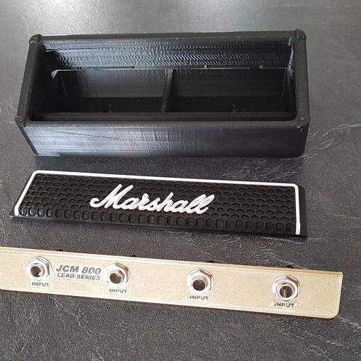 20190928_135638.jpg Télécharger fichier STL gratuit Marshall Amplifier Style Keychain Holder • Plan pour impression 3D, DaGoN