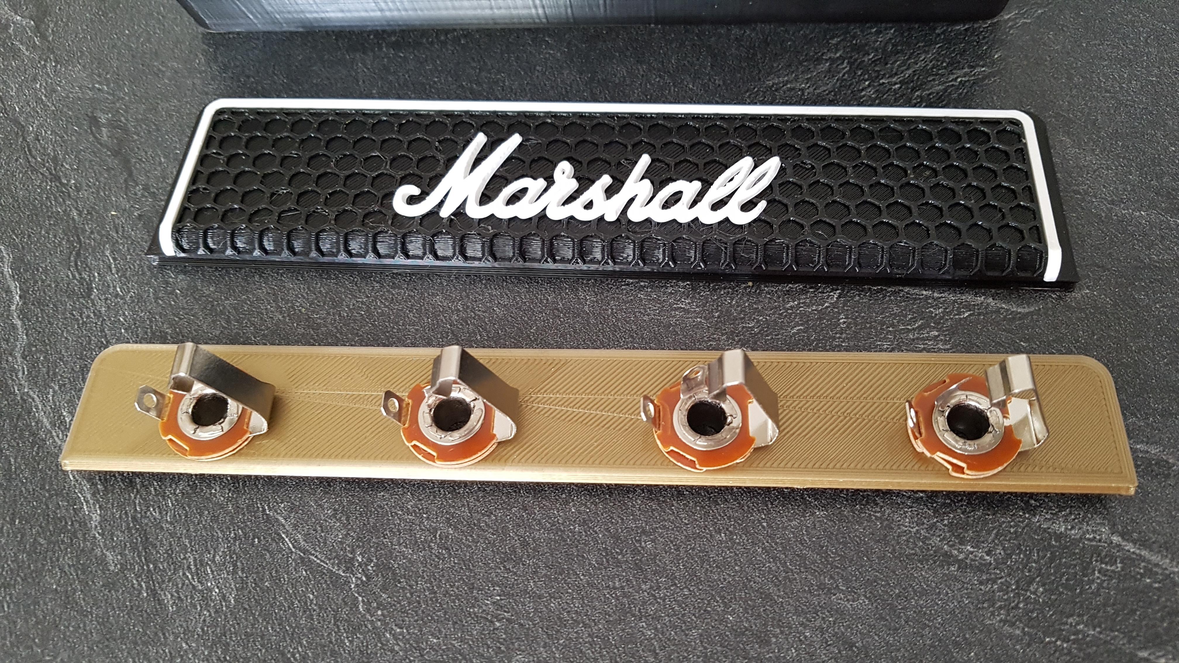 20190928_135802.jpg Télécharger fichier STL gratuit Marshall Amplifier Style Keychain Holder • Plan pour impression 3D, DaGoN