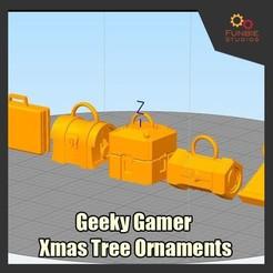 Imprimir en 3D gratis Ornamentos del árbol de Navidad de Geeky Gamer, FunbieStudios