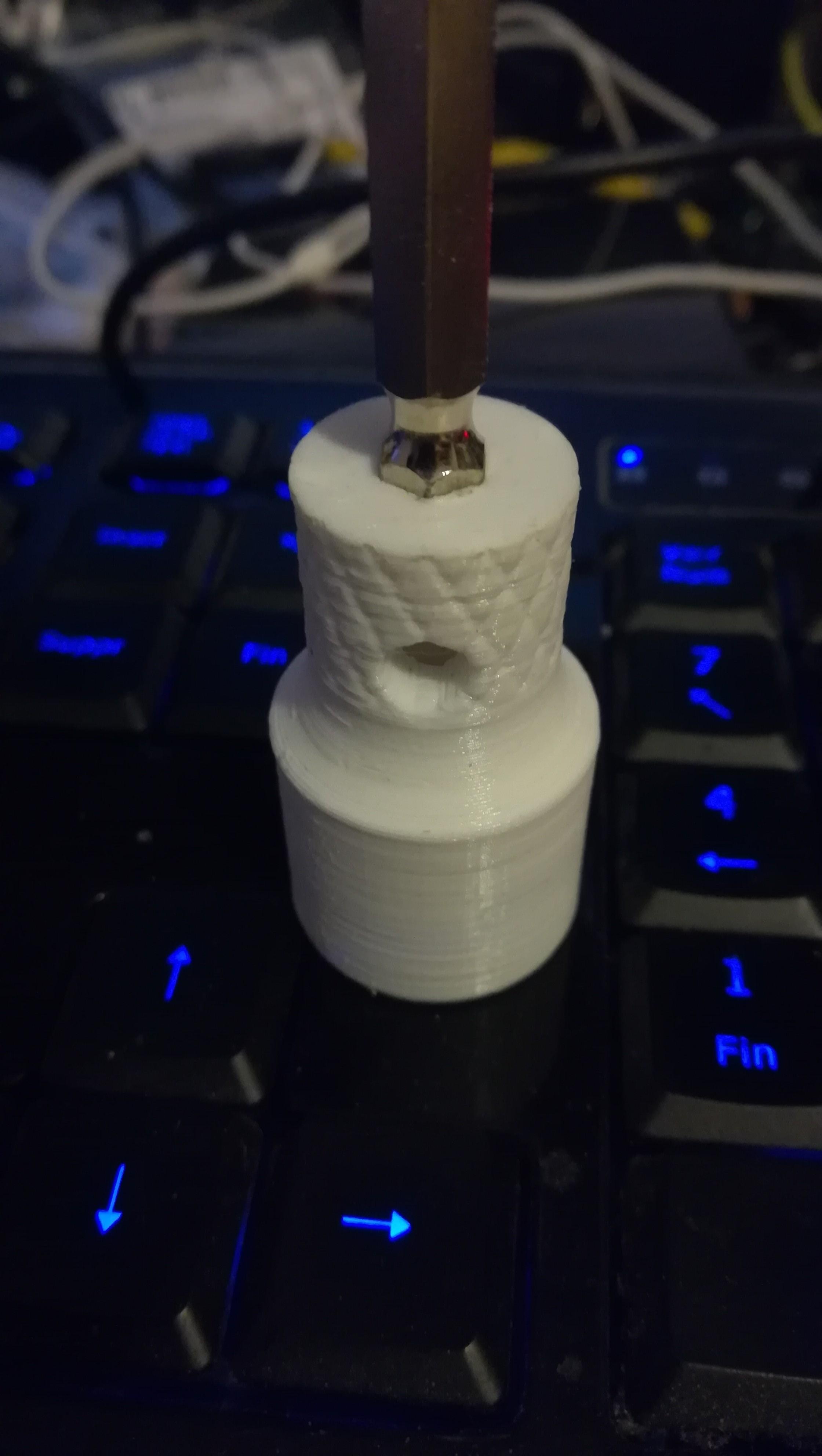 IMG_20180920_220143.jpg Download free STL file 16 mm diameter socket for BNC plug • 3D printable model, robroy