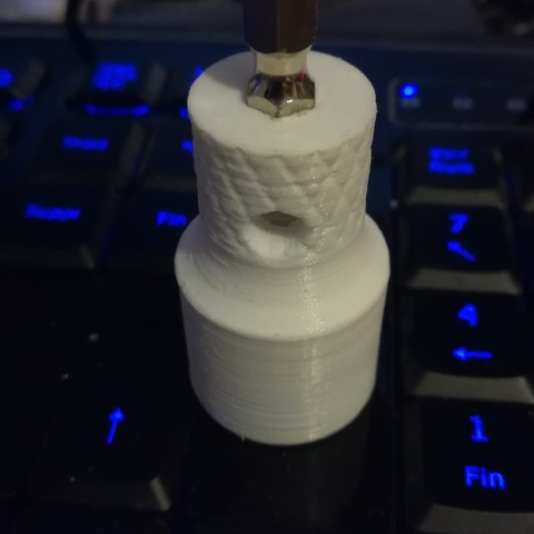 Download free STL 16 mm diameter socket for BNC plug, robroy