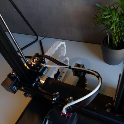 P1020059.JPG Télécharger fichier STL gratuit Creality Ender 3 Upgrade Cable Guide • Plan à imprimer en 3D, Niels