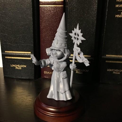 Download STL file Gnomess Cleric • 3D printable object, Zandoria