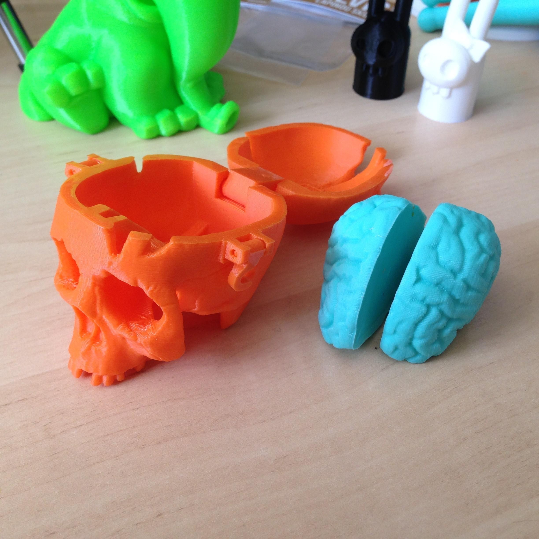 SkullBox_3DK_3.jpg Download free STL file Boneheads: Skull Box w/ Brain - via 3DKitbash.com • Model to 3D print, Quincy_of_3DKitbash