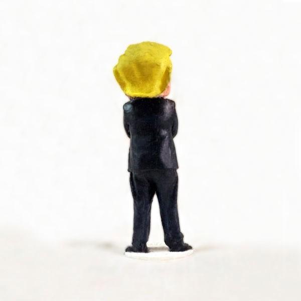 132.jpg Télécharger fichier STL gratuit Donald Trump • Plan imprimable en 3D, pooyanofsky