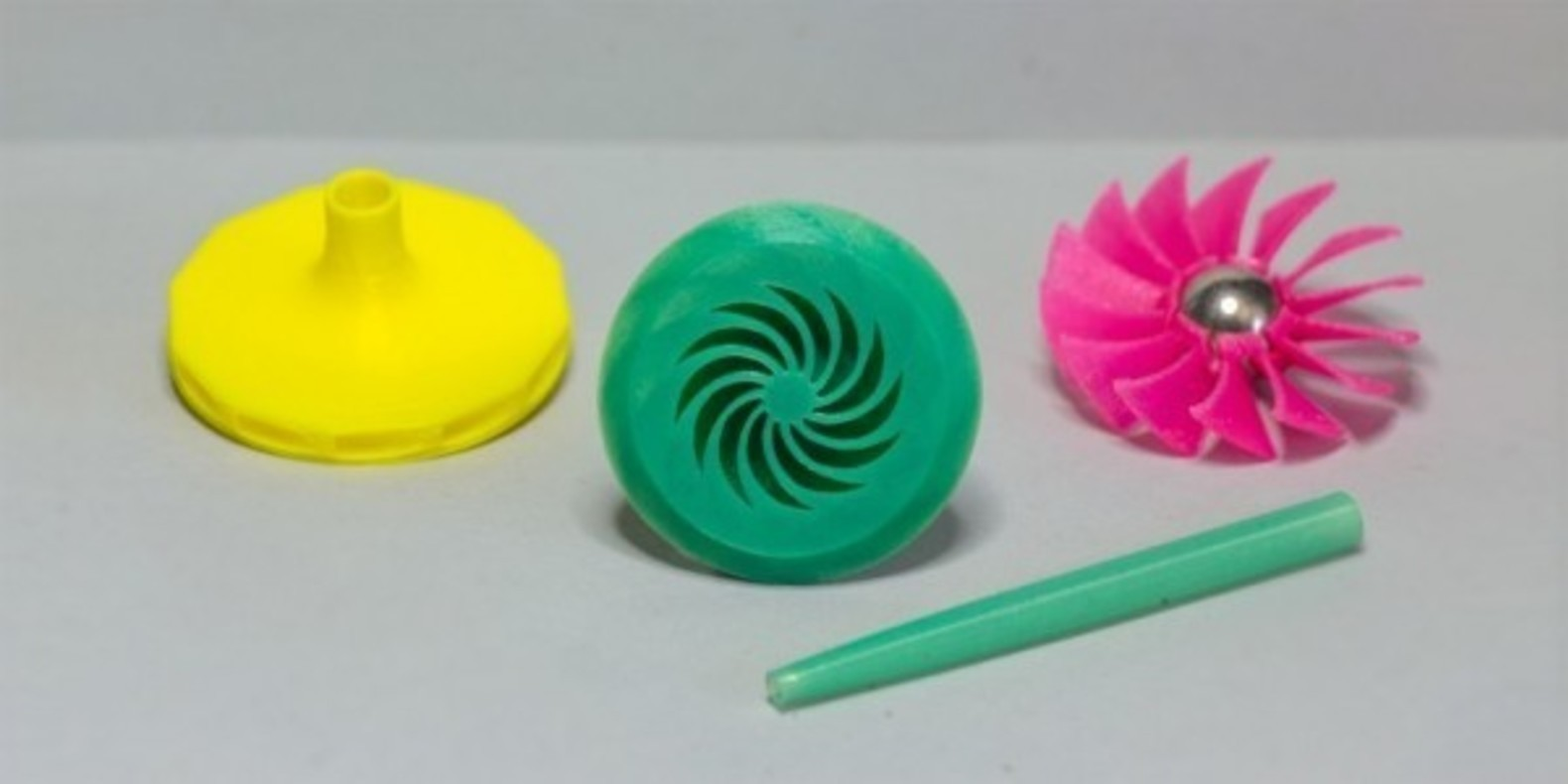 Toupies aériennes GalacTops imprimées en 3D