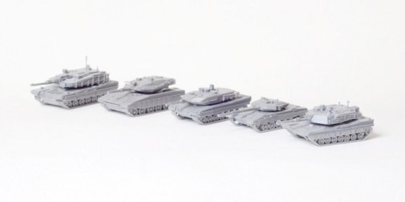 Petits tanks imprimés en 3D de Duc Tran