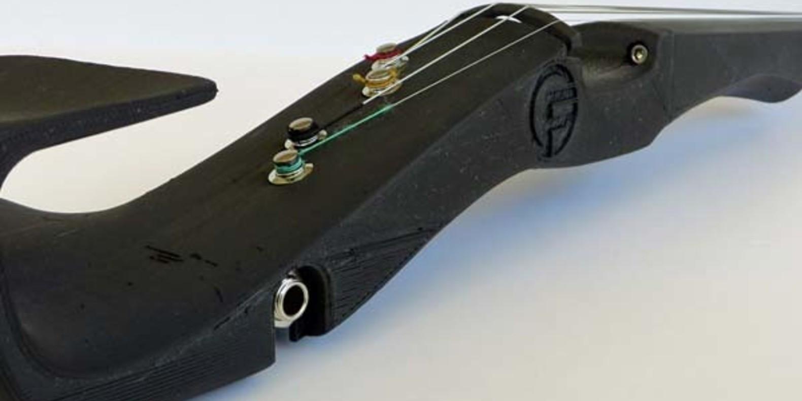 violon imprimé en 3D noir