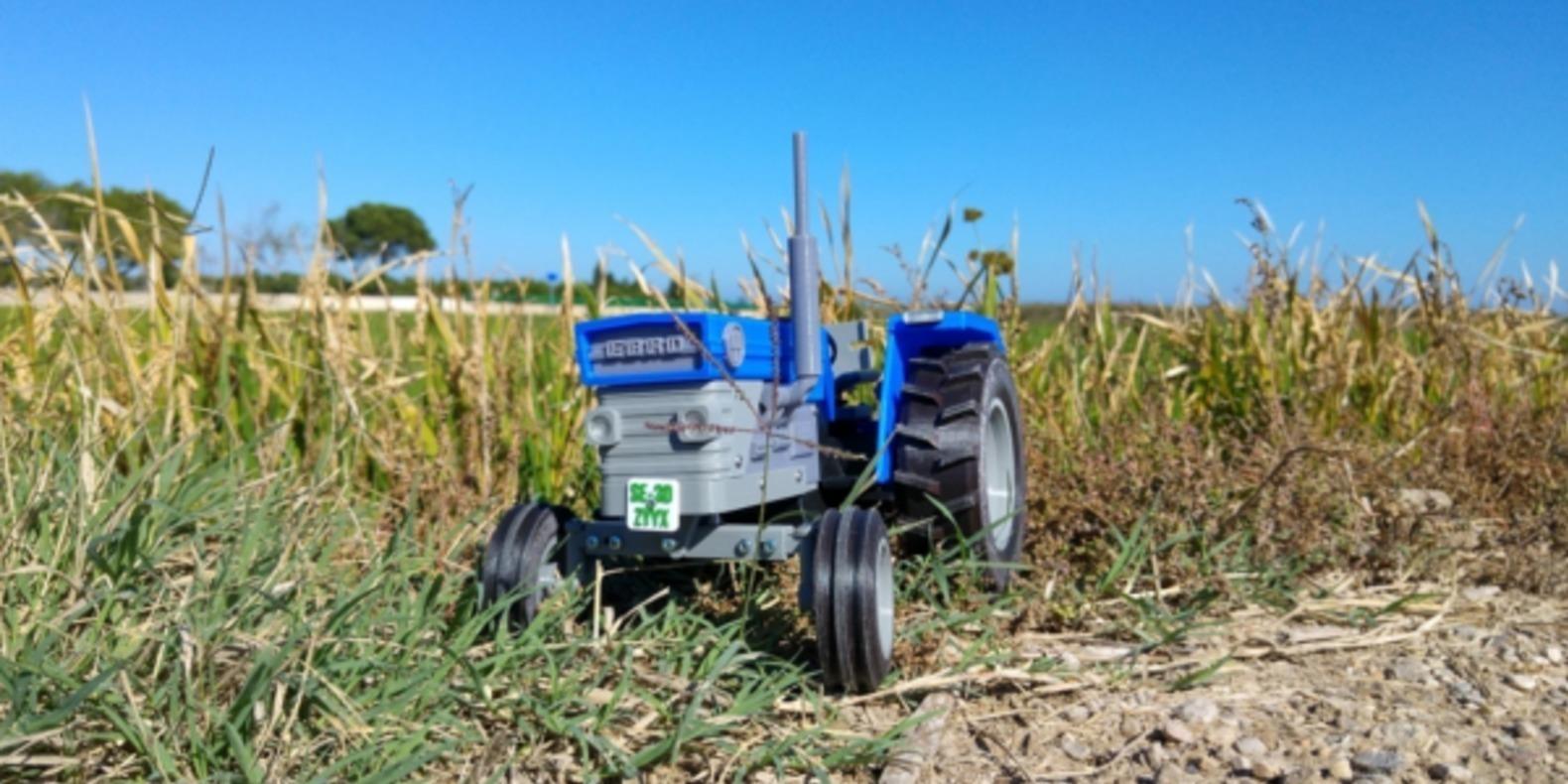 Tracteur-imprimé-en-3D-fichier-3D-cults-openRC-tractor-4.png
