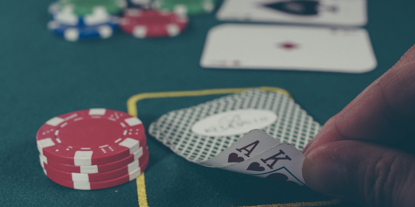 Use 3D Printing To Make An At Home Poker Set