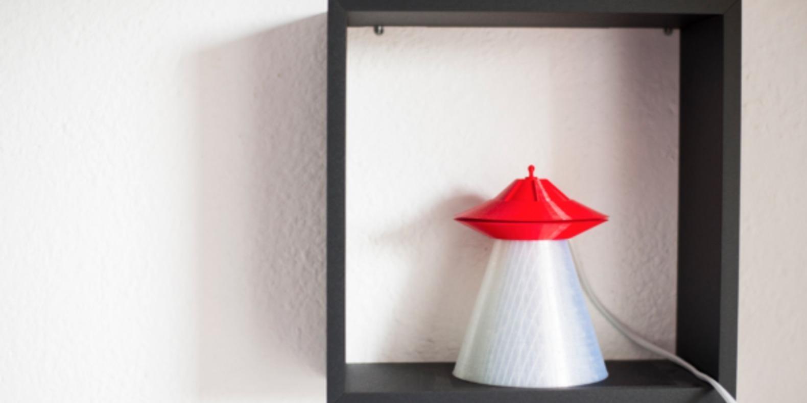 OVNI-lampe-UFO-cults-impression-3D-enfant-3.png