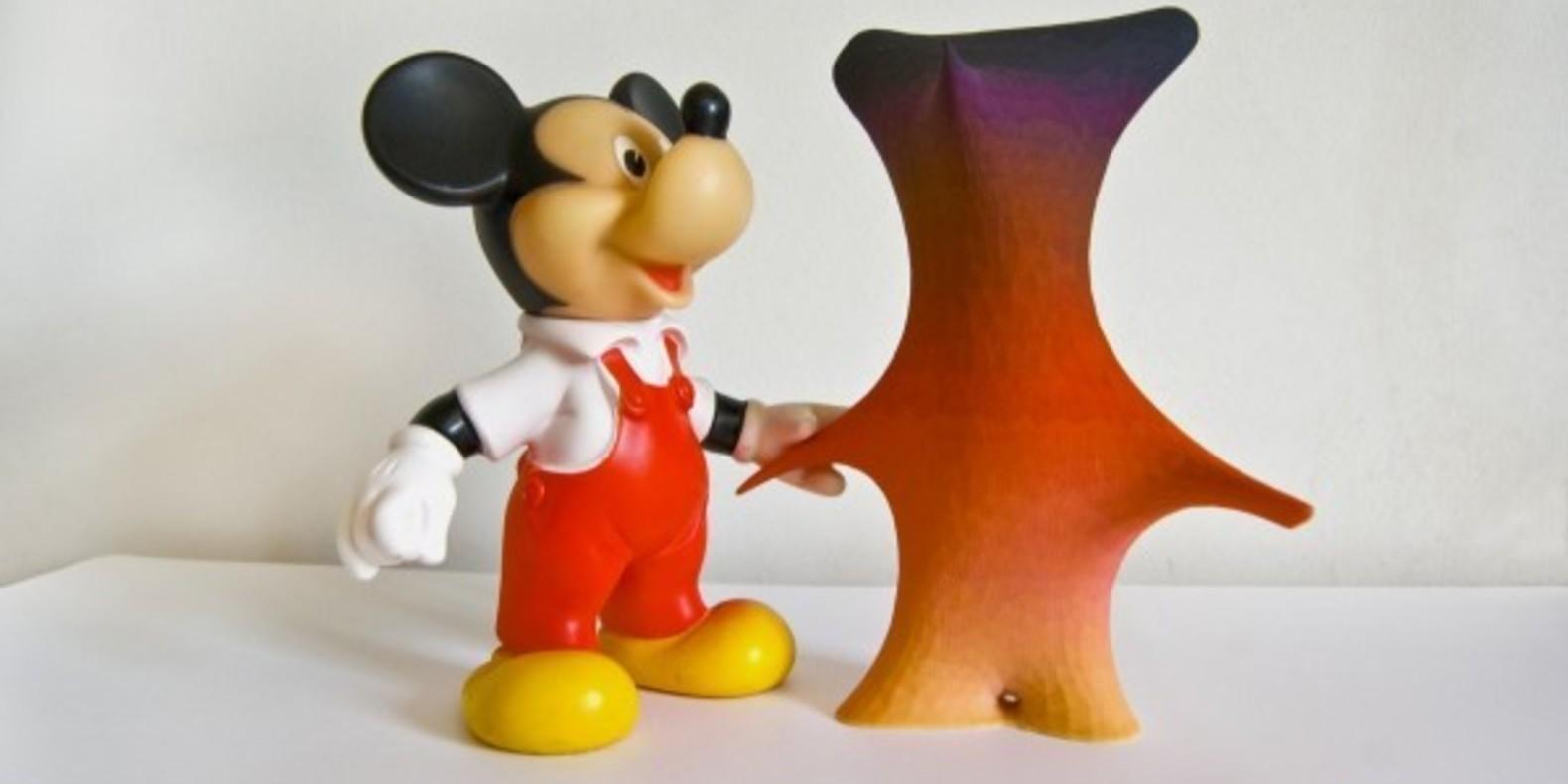 sekuMoiMecy Matthew Plummer-Fernandez impression 3D printing cults fichier mickey mouse 7