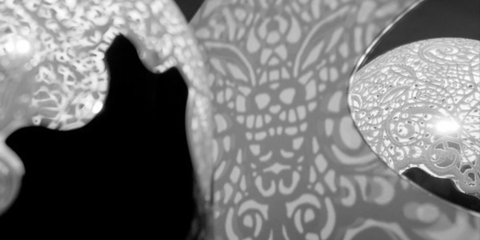 Linlin Pierre Yves Jacques Dentelle Lamp Design 3D printing Cults Fichier 3D lampes imprimées en 3D