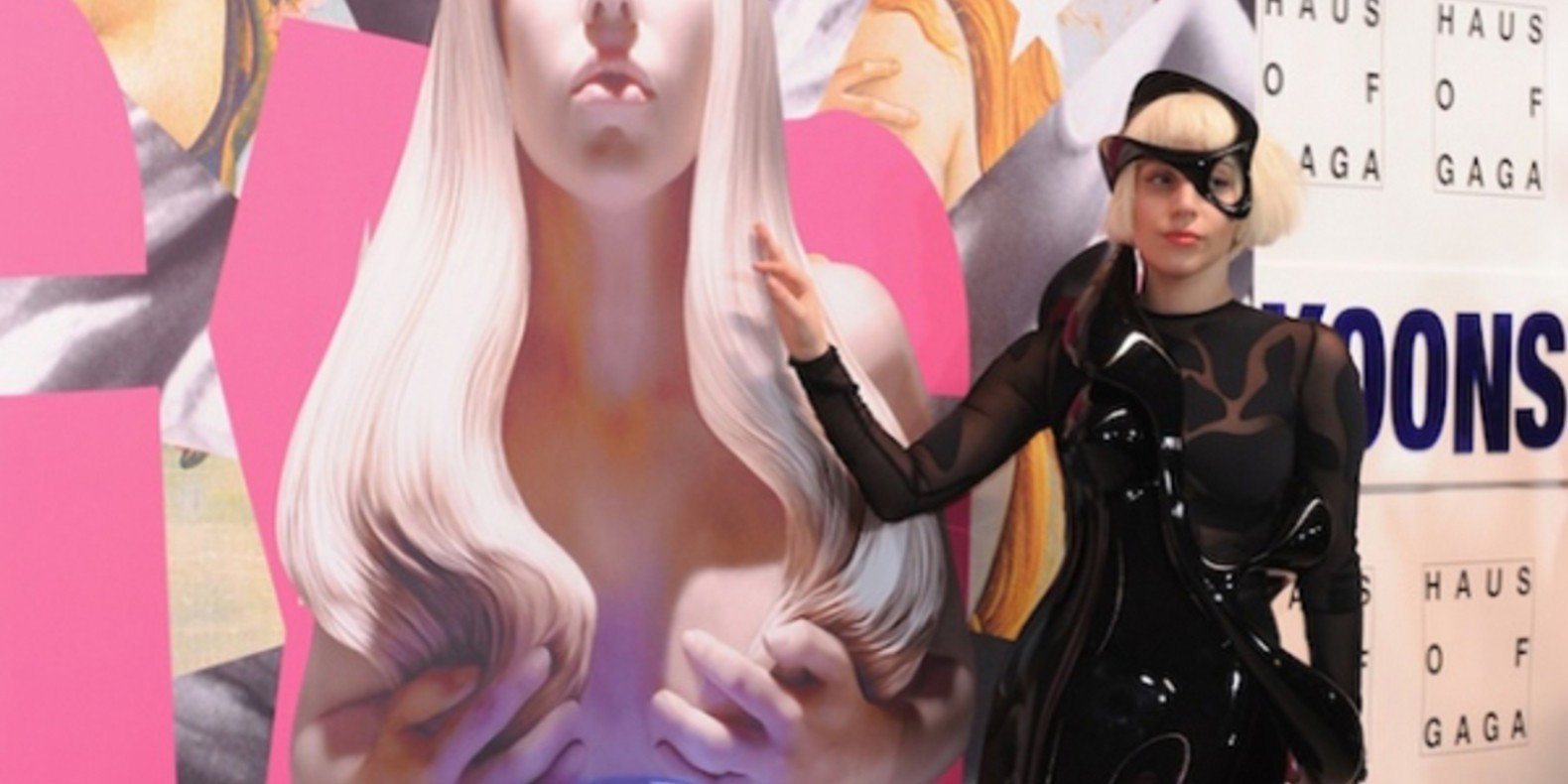 http://fichier3d.fr/wp-content/uploads/2013/12/cults-lady-gaga-robe-mode-artpop-materialise-studio-XO-scanning-3D-musique-Art-Rave-fashion-fichier-3d-jeff-koons-scott-eaton-1.jpg