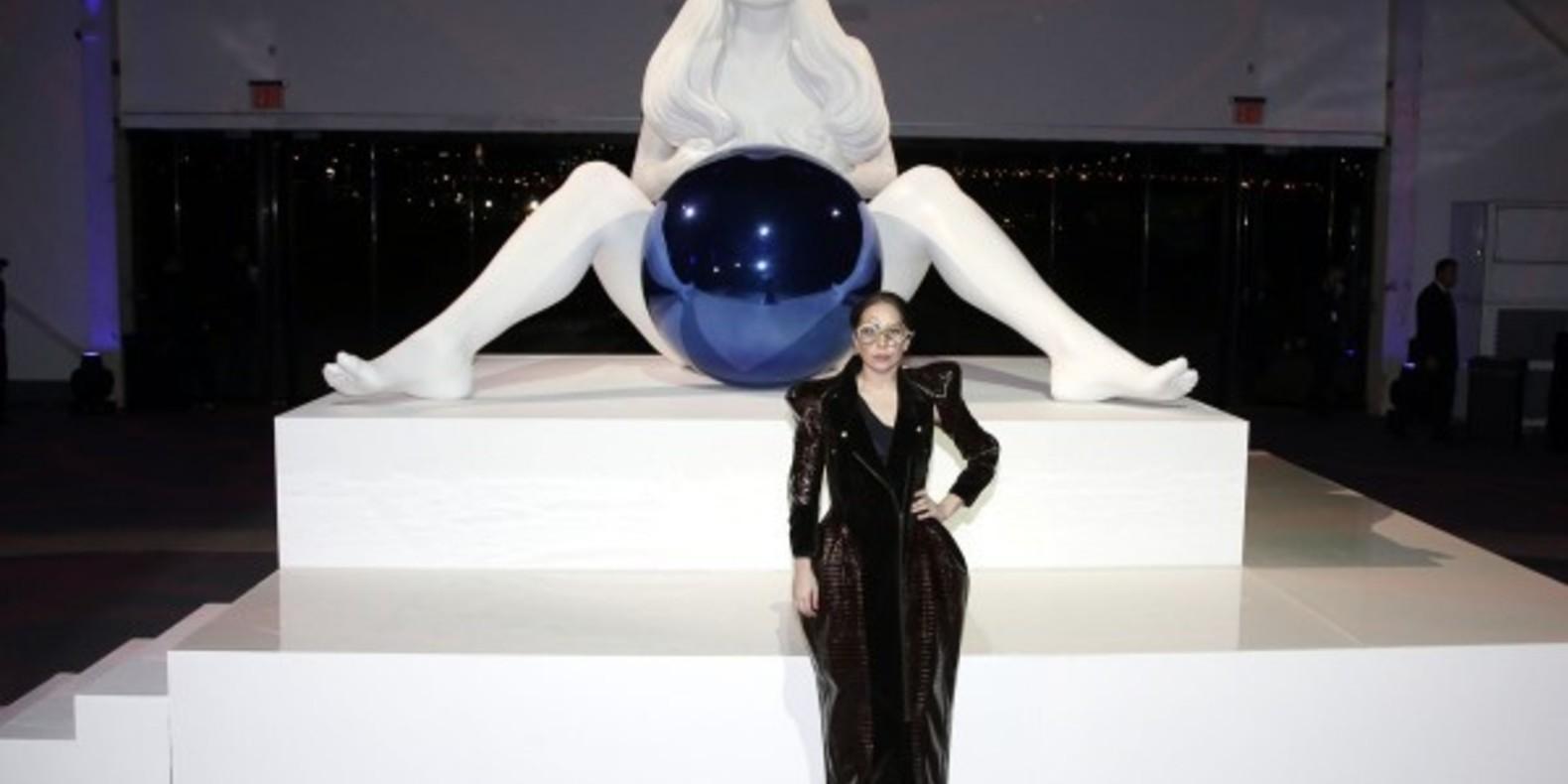 cults lady gaga robe imprimée en 3D mode artpop materialise studio XO scanning 3D musique Art Rave fashion fichier 3d jeff koons scott eaton