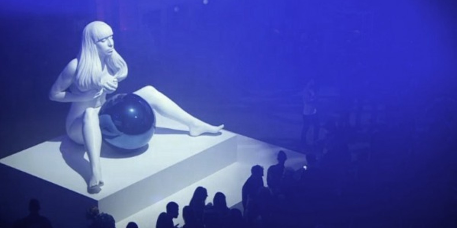 http://fichier3d.fr/wp-content/uploads/2013/12/cults-lady-gaga-robe-mode-artpop-materialise-studio-XO-scanning-3D-musique-Art-Rave-fashion-fichier-3d-jeff-koons-scott-eaton-5-e1386066849754.jpg