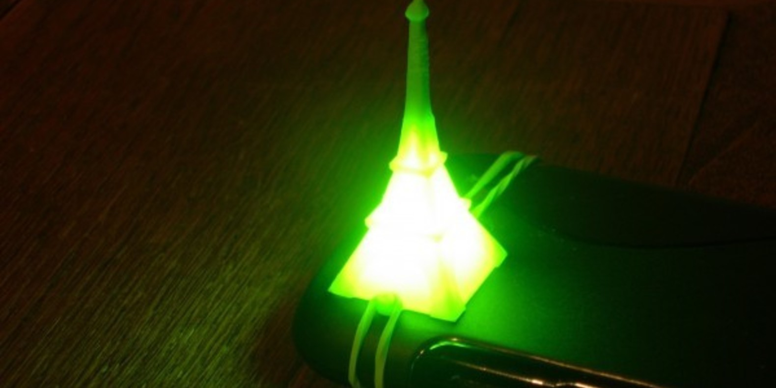 Eiffel tower tour imprimée en 3D 3D printed cults fichier STL Tour Eiffel imprimée en 3D