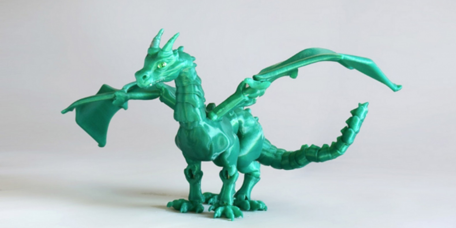 http://fichier3d.fr/wp-content/uploads/2016/02/Braq-dragon-jointed-3D-printed-impression-3D-fichier-STL-sonia-verdu-BQ-BQlabs-2.png