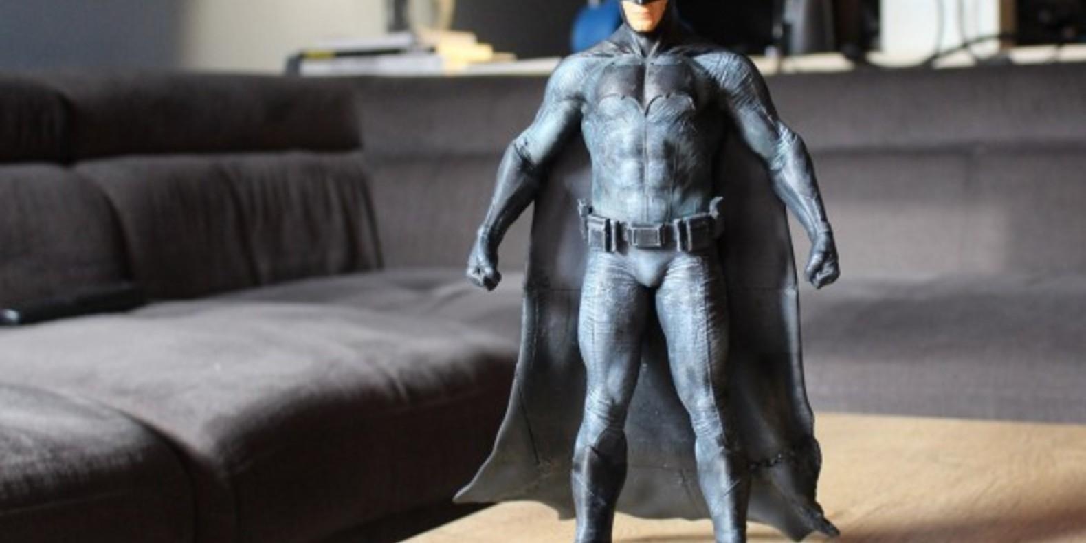 http://fichier3d.fr/wp-content/uploads/2016/02/Batman-vs-superman-ben-affleck-figurine-imprimée-en-3D-statuette-figure-tutus-cults-stl-fichier-3D-1.jpg