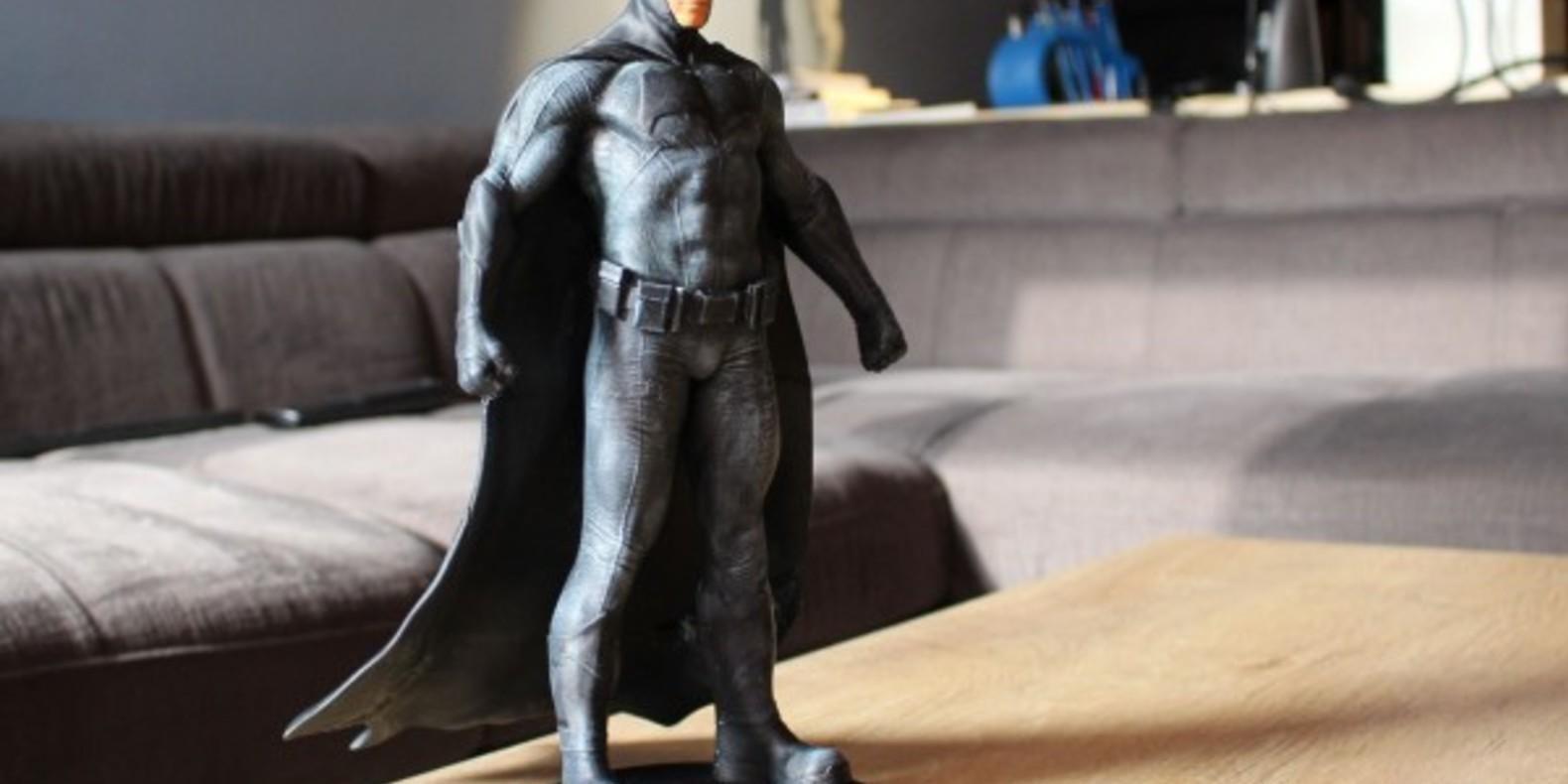 http://fichier3d.fr/wp-content/uploads/2016/02/Batman-vs-superman-ben-affleck-figurine-imprimée-en-3D-statuette-figure-tutus-cults-stl-fichier-3D-3.jpg